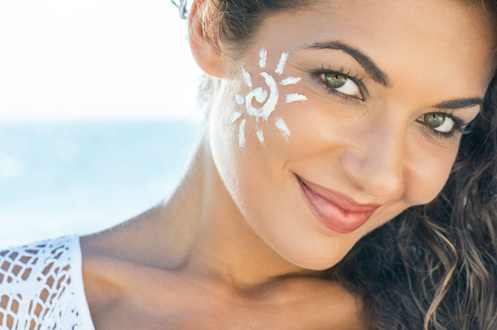 Oil-Free-Mineral-Sunscreen-Youll-Actually-Love-Wearing